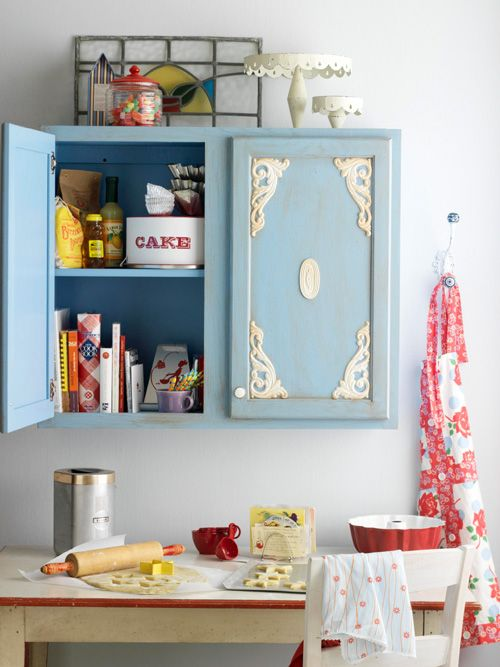 diy kitchen cabinet makeover blue white vintage shabby chic look