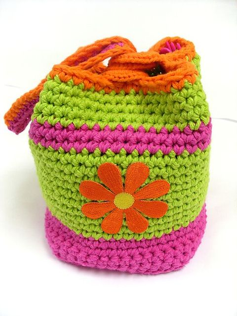 Crochet Lunch Bag : Free crochet pattern Crochet - Kids Bags Pinterest