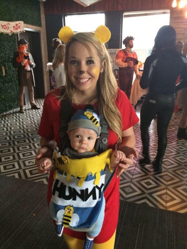 diy costume with baby carrier and felt family halloween kidseasy