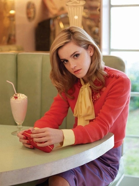 I've always thought that Emma Watson's hair looks really nice here!