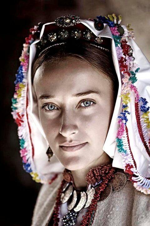 Traditional clothing of Bosnian Catholics from Debeljak (near Banja Luka)