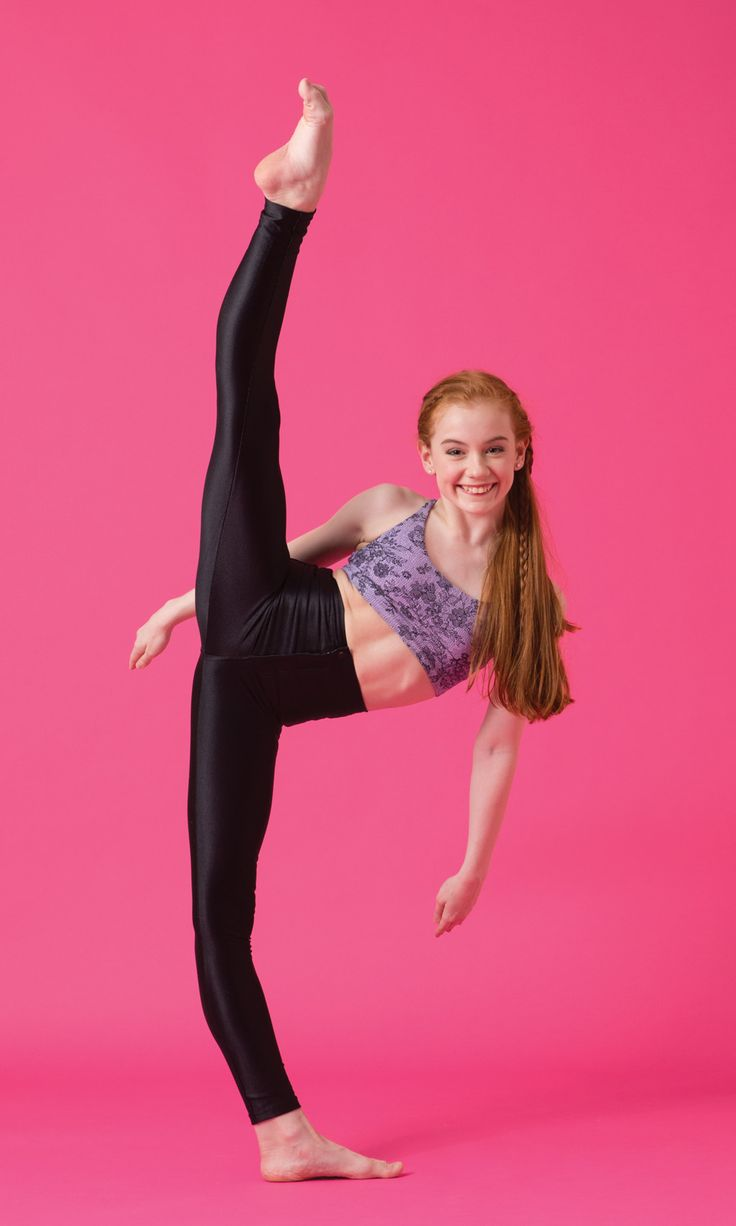 Hiiiiiiii!! I'm Ashi Ross!!! My dream is to be a Broadway dancer!!!!!! I'll never ever!!! Give up!!!!! I Dance at Dance academy!!