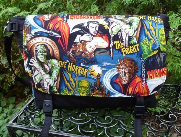 Zoe's Bag Boutique Movie Monsters Lynx Deluxe Messenger Bag