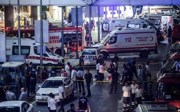 Suspected IS suicide bombers kill 36, injure nearly 150 at Istanbul airport