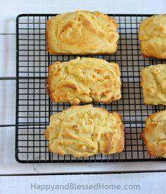 Never bake dry cornbread again! This cornbread is moist, creamy and delicious! Easy Bread Recipe: Creamy Corn Bread Recipe from HappyandBlessedHome.com