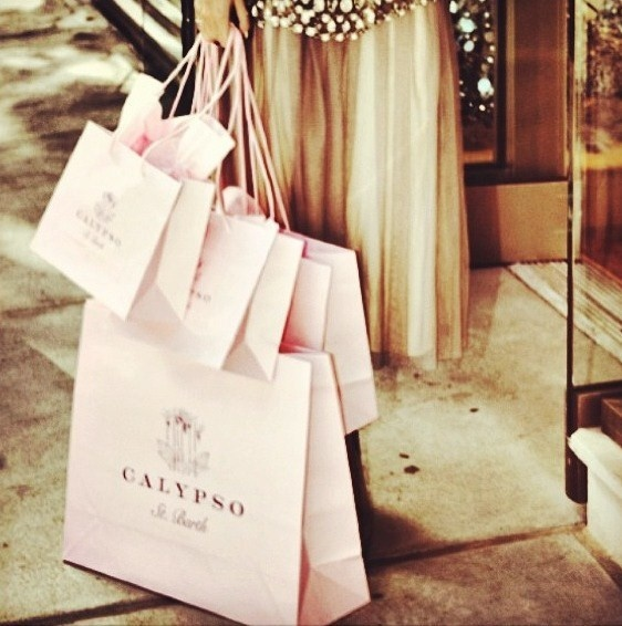 Shopping for the perfect travel #outfit! #CalypsoStyle