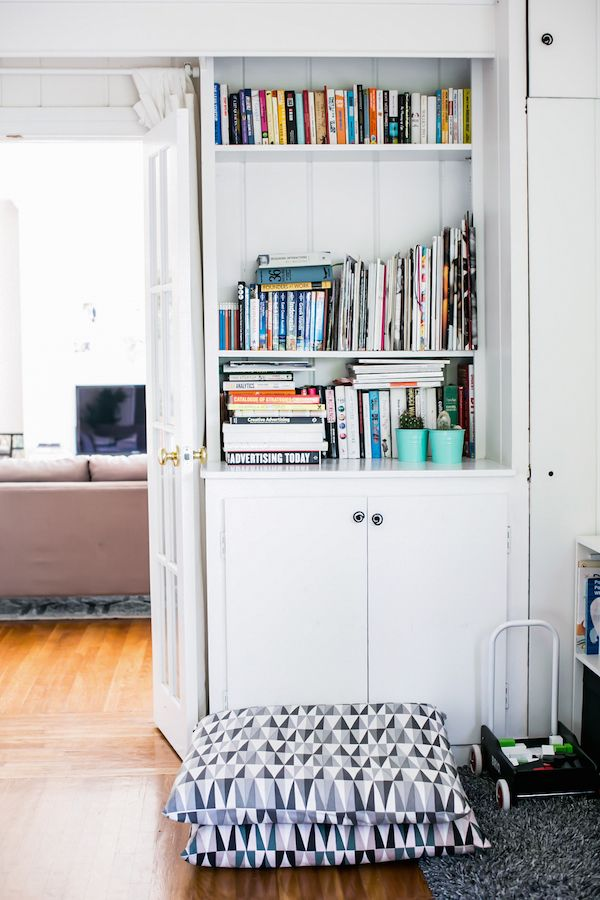 Emily Wassall's Sleek Silver Lake Home | Page 8 of 22 | Glitter Guide
