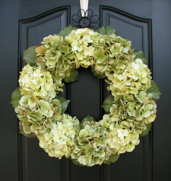 Hydrangea wreath for end of spring/summer