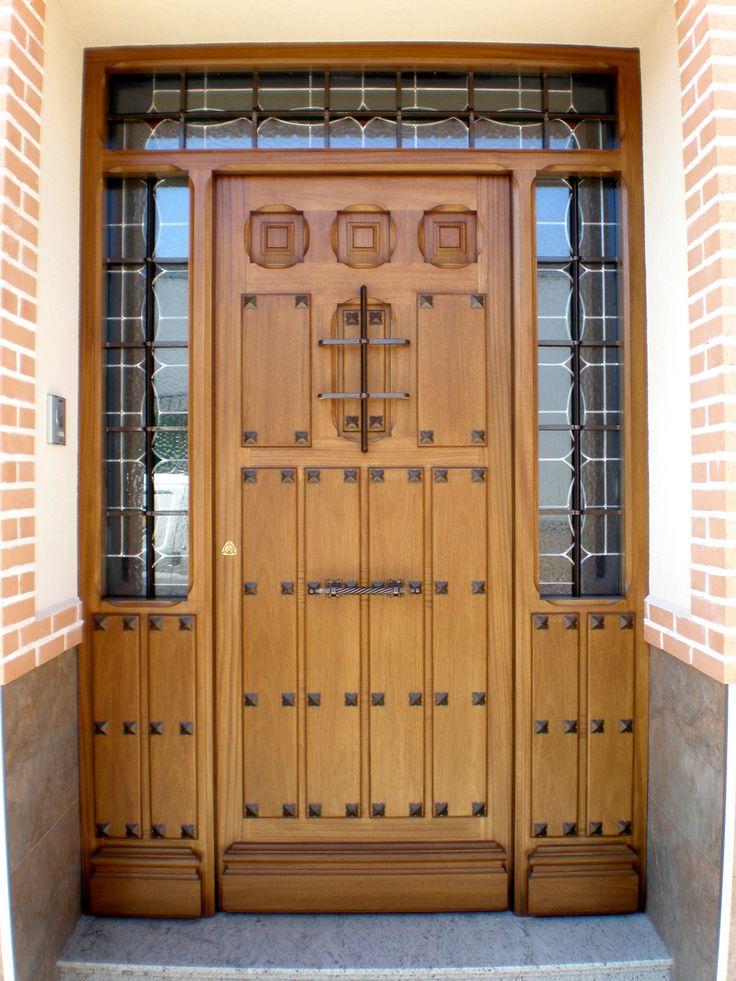 Dise o de puerta rustica ideal para casa rural for Puertas rusticas de madera