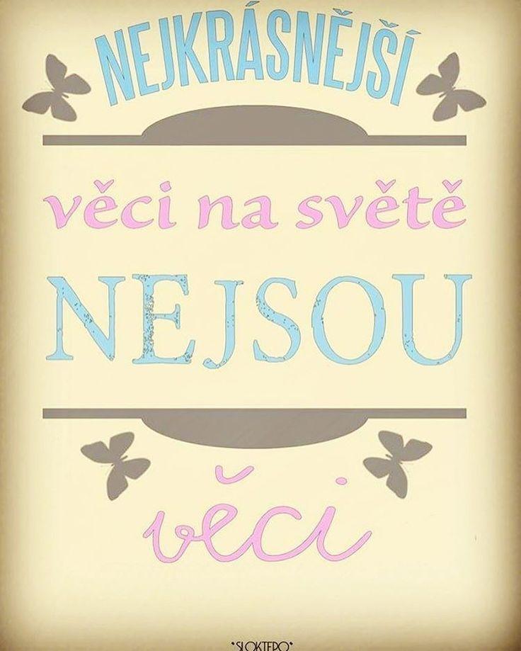 Nejlepší a nejkrásnější věci na světě není možné vidět nebo se jich dotknout. Musíš je cítit svým srdcem.❤️☕ #sloktepo #motivacni #hrnky #miluji #kafe #citaty #zivot #mujzivot #mojevolba #domov #darek #dokonalost #dobranalada #pozitivnimysleni #rodina #stesti #laska #praha #czechgirl #czechboy #czech