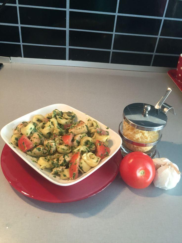 tortellini met kip, spinazie en roomkaas