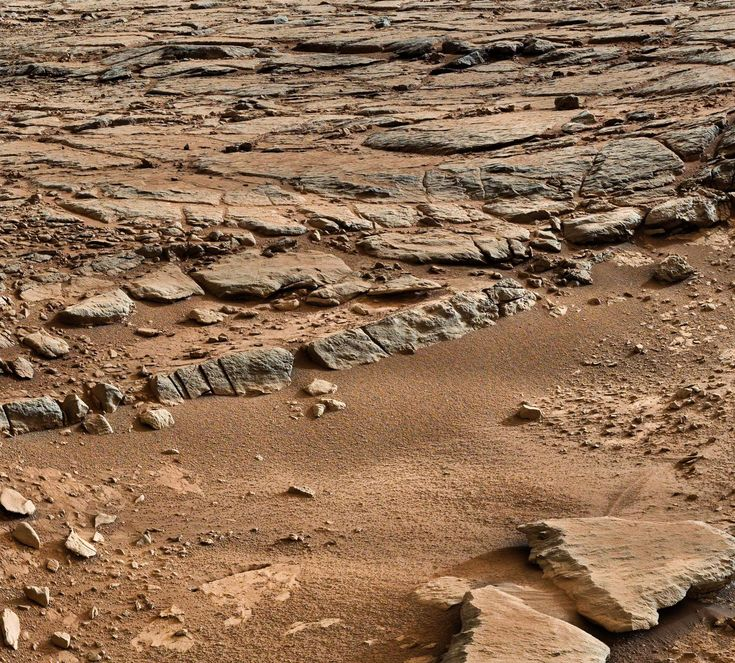 Curiosity Rover looking south, sol 173, Yellowknife Bay, Gale Crater, Mars