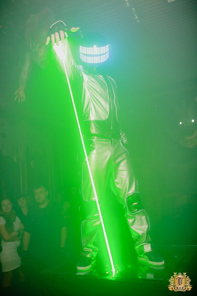 Trick or Treat! #laserman #Halloween #party #night #club #DreamLaser #lasershow #cool #show #performance #wow #magic #yeswearecool #Russia