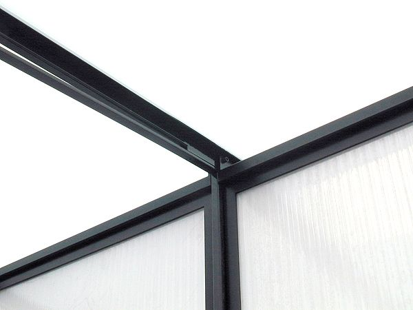 Purlin detail of a custom steel and polycarbonate enclosure by Face Design + Fabrication