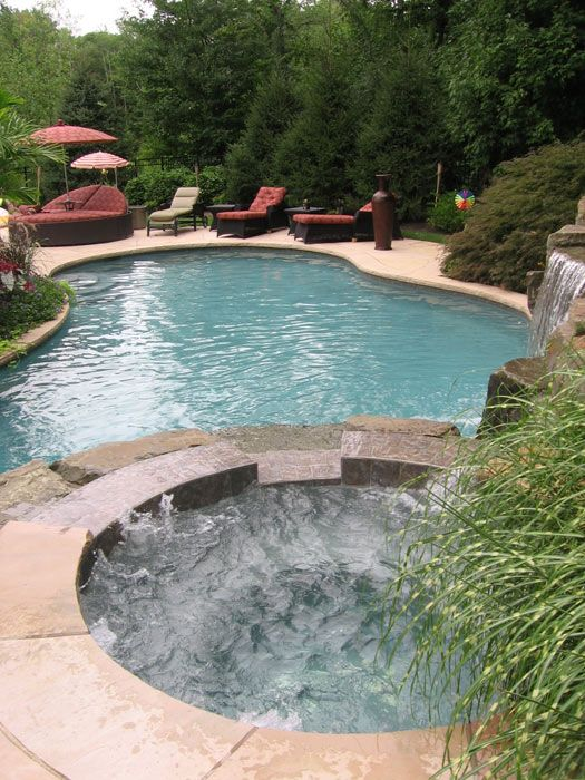 Plunge pool pool landscaping design ideas pictures for Pool design hamilton nj