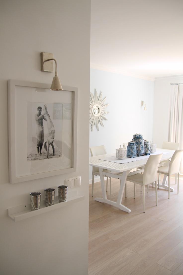 airy room, blue, white, Shumacher fabrics