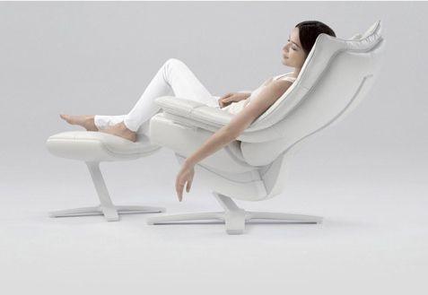 Fotel RE-VIVE od Natuzzi.