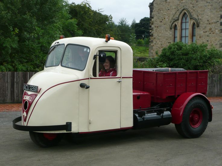 1964 Scammell Scarab lorry