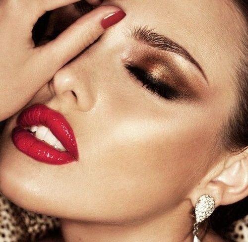 Brown Gold Makeup