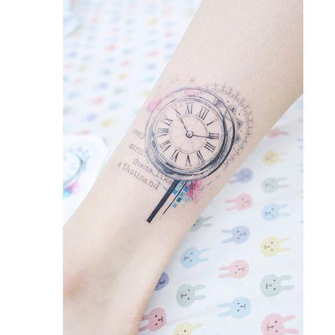 : Vintage Clock ver.2 ⏱  .  .  #tattooistbanul #tattoo #tattooing #clock #clocktattoo #design #tattoodesign #tattoosupplybell #tattoomagazine #tattooartist #tattoostagram #tattooart #tattooinkspiration #타투이스트바늘 #타투 #시계 #시계타투 #도안