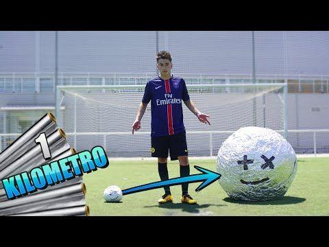PELOTA DE ALUMINIO DE 1 KILÓMETRO!! Reto de futbol con jeremy #2 [bytarifa] - VER VÍDEO -> http://quehubocolombia.com/pelota-de-aluminio-de-1-kilometro-reto-de-futbol-con-jeremy-2-bytarifa    ➜Hoy os traigo el segundo vídeo de la pelota de aluminio gigante.Esta vez la pelota de aluminio es de 1 kilómetro y la enfrentare contra bairus,djmariiio,delantara y javi freestyle. ►Canales de los paquetes: ➜Javifreestyle: ➜Delantero09: ➜Djmariio: ➜ByVIruzZ:  ➜MI INS