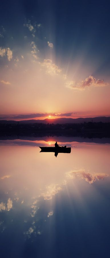 ~~Boat ~ sunset and reflections on a mirrorlike surface of a lake by Bess Hamitiᵖʰᵒᵗᵒᵍʳᵃᵖʰʸ~~..........