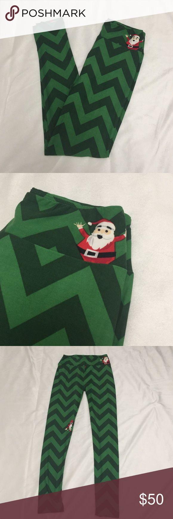 Lularoe Holiday Leggings - os Brand New. Never worn or tried on. Holiday Christmas Santa Green Chevron Leggings. One size. LuLaRoe Pants Leggings