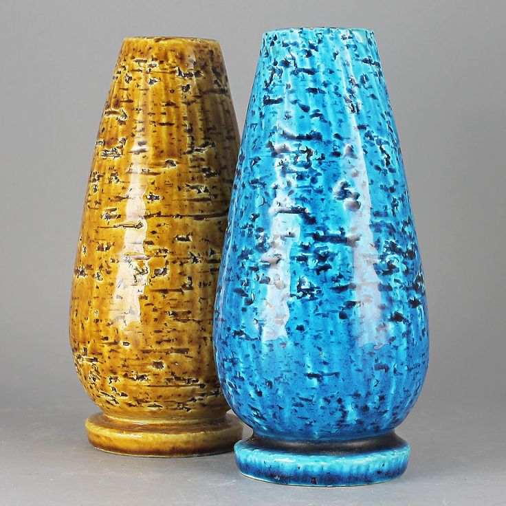 Gunnar Nylund (1940s) Two Strong Colored Chamotte Vases