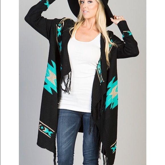 Cardigan med. weight Aztec print Cardigan open front wrap fits true Boutique brand  Sweaters Cardigans