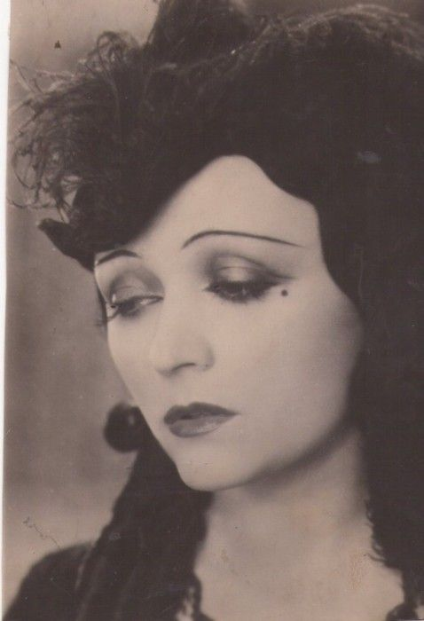 Pola Negri - (3/1/1897 – 1/8/1987) Polish stage & film actress, achieved worldwide fame for tragedienne & femme fatale roles,1910s thru 1940s, Golden Era of Hollywood Film; became great American star. Known as one most popular stars of silent film, Negri's career included both silent & talking films, live theater, vaudeville; as a singer, recording artist; author; & ballerina.