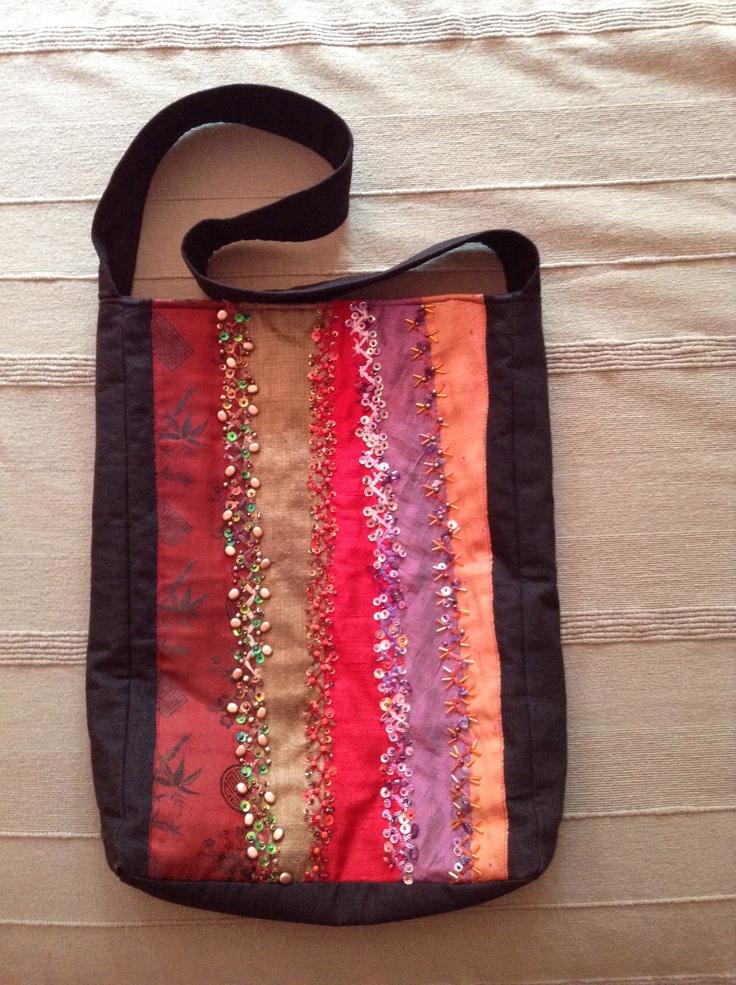 Blanca C.Romea, bolsa crazy quilt, Taller bordado Rococó.