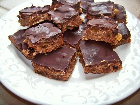 Homemade Protein Bars food
