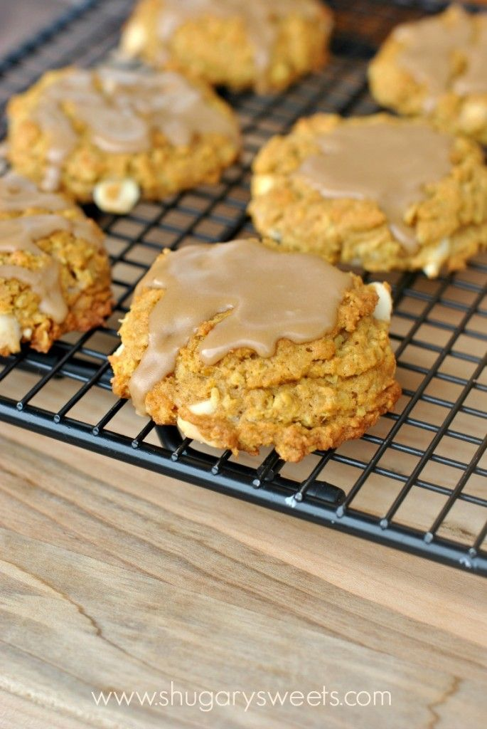 Chewy Pumpkin Oatmeal Cookies with White Chocolate Morsels and Maple ...