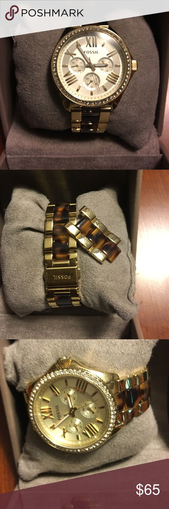 Fossil Watch  just discounted !!! Very nice ladies boyfriend style .. Tortoise/gold two-tone... All intact .. Nothing missing. Several features.. Fossil Jewelry
