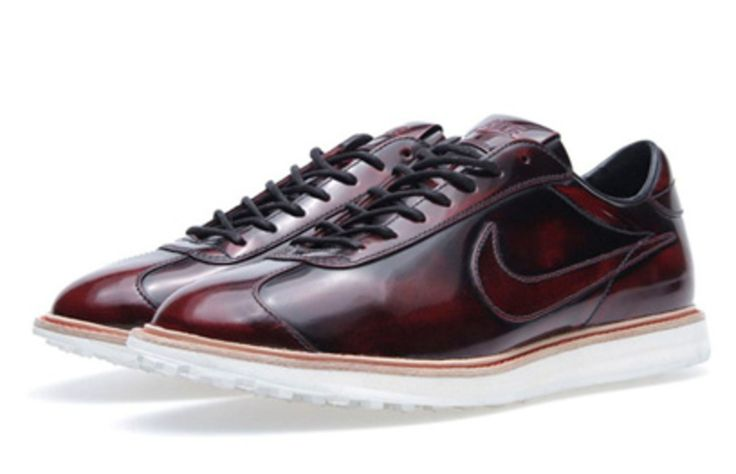 """Finely crafted from premium leather, the Nike 1972 QS revisits one of Nike's oldest designs, the so-called """"Moon Shoe"""" that went to athletes trying out at the 1972 US Olympic Track & Field Trials. In burnished brown finish polished to a shine and accompanied with a tonal Nike Swoosh in leather, a Goodyear welt and waffle sole complete this newest iteration of 1972. Available starting this weekend exclusively through Nike """"quickstrike"""" accounts worldwide, includin..."""