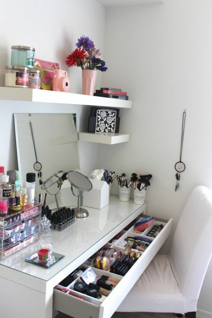 best 25 vanity makeup rooms ideas on pinterest makeup. Black Bedroom Furniture Sets. Home Design Ideas