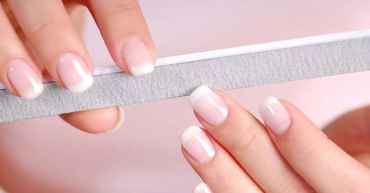 Cómo hacer uñas acrílicas paso a paso en casa