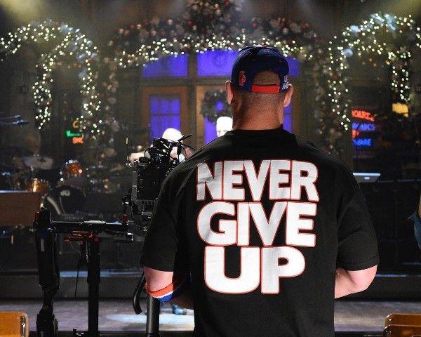 Cast For SNL Tonight: Who Is Hosting & Performing On Dec. 10? - http://www.morningledger.com/snl-tonight-hosting-dec-10/13128085/