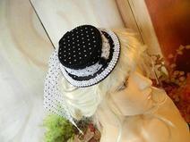 Mini Damenhut Sommerhut Polkadots schwarz weiß