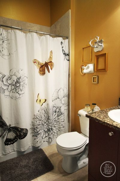 beautiful bathroom - love the butterflies!