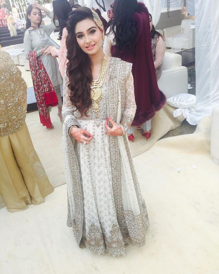 """#noorjehan in a regal #drharoon outfit at the #brunch #gulzarhouse #anushmunib"""