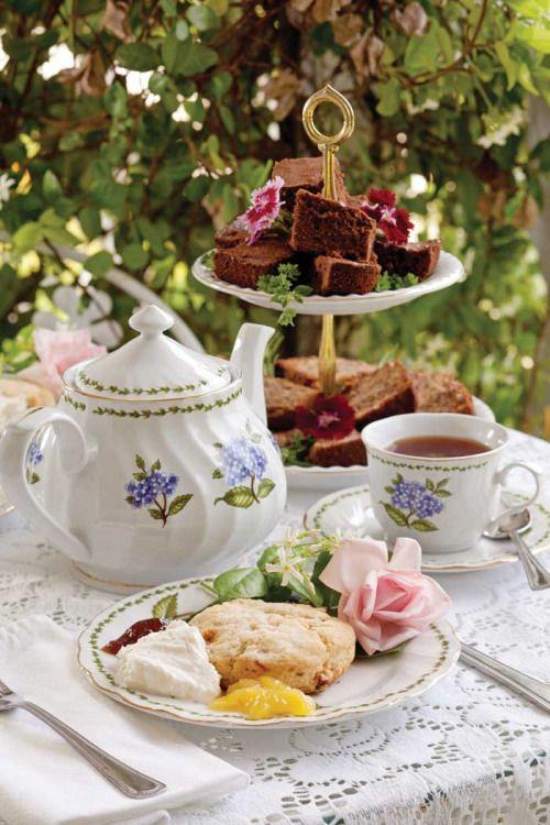 Afternoon Tea Amp Leisure Time Via Pinterest The Comfort