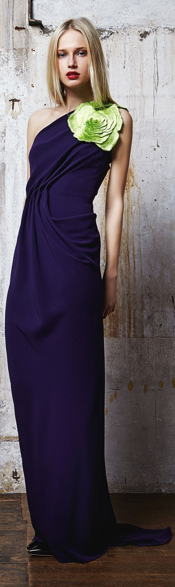 Love the color - the flower, not so much (Talbot Runhof RTW Fall 2014)