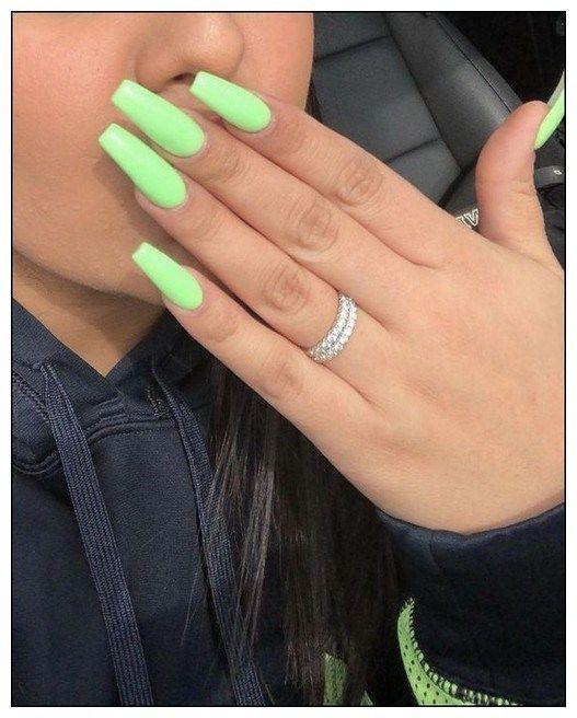31 Super Cute Summer Nail Color Ideas Year 2019 00114 Armaweb07 Com Green Acrylic Nails Acrylic Nails Best Acrylic Nails