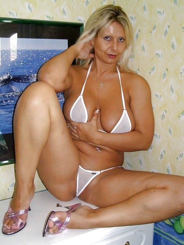 Tiffani thiessen fake nude pics