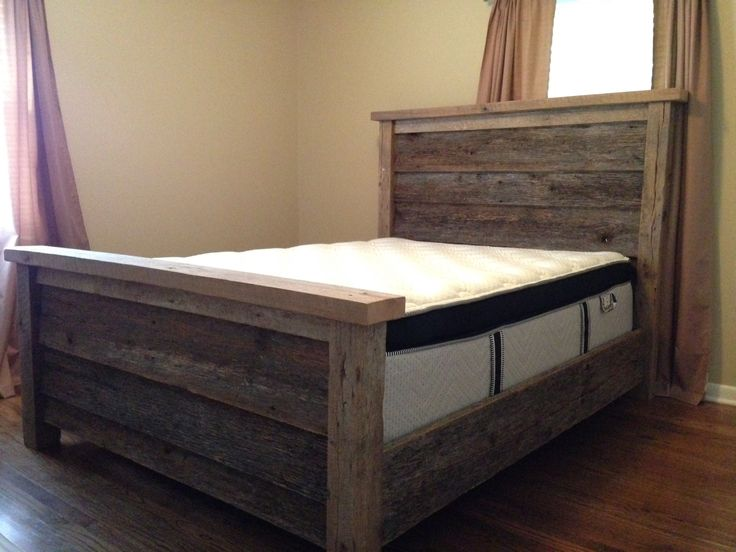 Barn wood queen bed frame so amazing barn wood ideas for Queen size bed frame