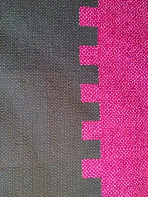 """Zipper quilt back by Frances Moore at frantastic-stitchwitchery: """"This is one of my favorite ways to piece a back...  Vertical or horizontal, it is fun."""" I usually don't do piece backs but this one is doable."""
