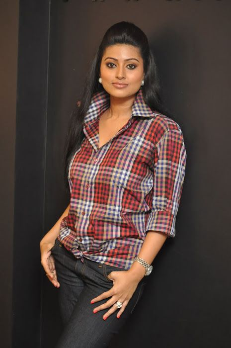 https://flic.kr/p/iBxrbh | Actress-Sneha-Beautiful-in-Shirt-at-Anams-Store-Launch-Fashion-8