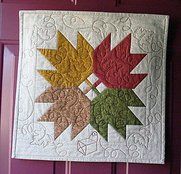 7 best hand quilting images on pinterest hand embroidery for Front door quilt pattern