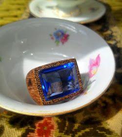 Über Fashion Marketing: Como não desejar o anel de quartzo azul com sucupira da AR Essensial?